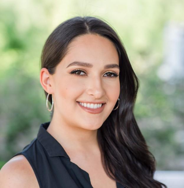 Angela Calvin
